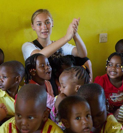 Volunteer and intern with Art in Tanzania in Africa and have a life changing experience. Vapaaehtoistyö ja työharjoittelu Tansaniassa - uskomaton kokemus!
